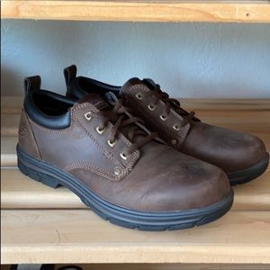 NEW Skechers Rilar leather Oxford shoes.